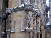 Figury przy wejściu głównym (zachodnim)