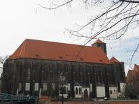 Kościoł na Piasku - z bulwaru przy kościele św. Marcina