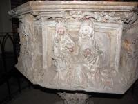 Gotycka chrzcielnica