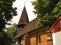 Kościół w Krzyżowicach - prezbiterium i wieża