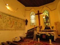 Prezbiterium kościoła w Krzyżowicach