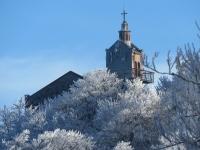 Kościół na Ślęży z Olbrzymków Dużych