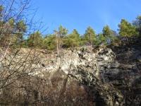 Dawny kamieniołom we Wzgórzach Kiełczyńskich