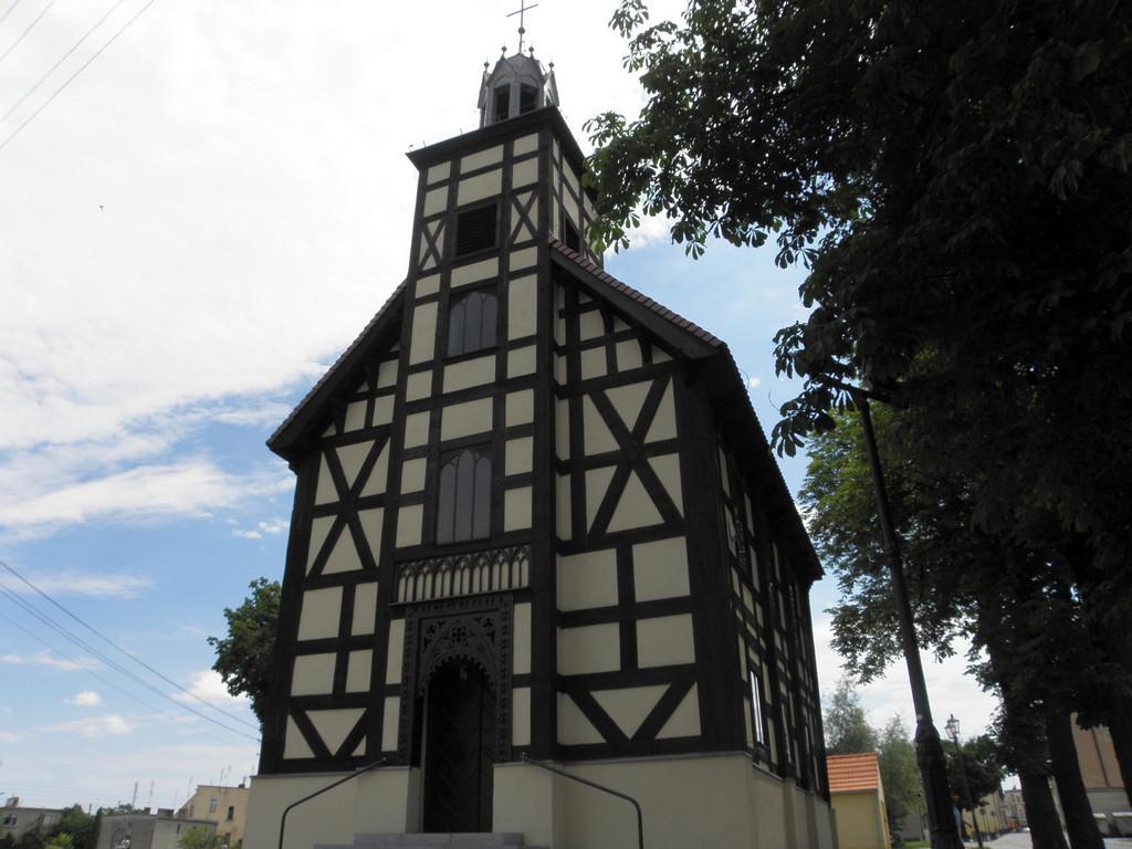 Twardogóra - dawny kościół protestancki