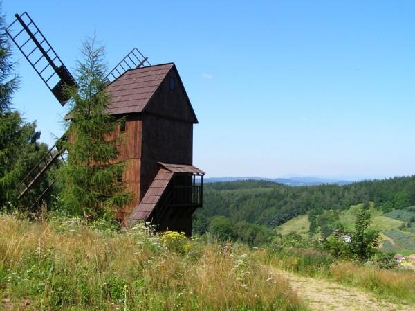 Windmill in Pstrazna