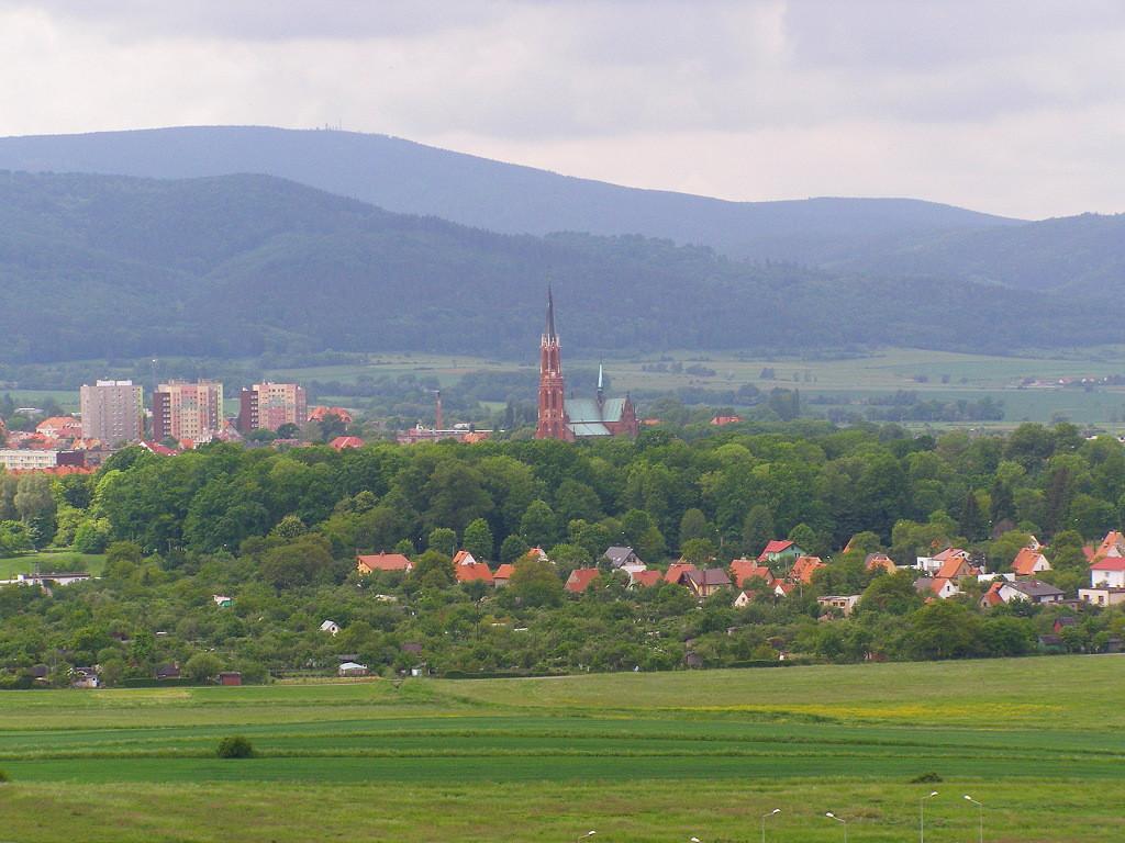 Wielka Sowa (1015 m) from Dolna Bielawa
