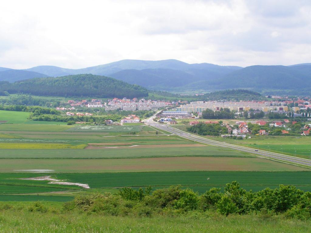 Kalenica (964 m) from Lysa Gora