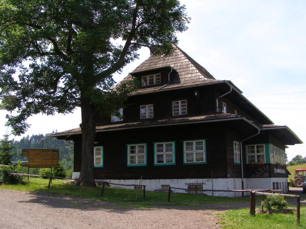 Andrzejowka tourist hut