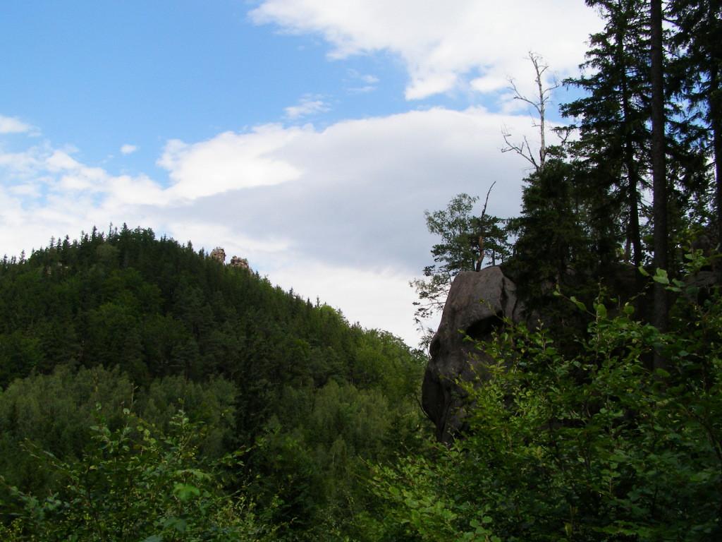 Husyckie Skaly and Sokolik (632 m)